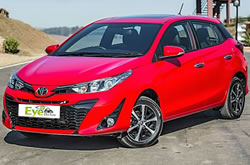 Location voiture en Crète, Toyota Yaris, prix moins cher. Chez Eye Drive location en Gouves, Hersonissos